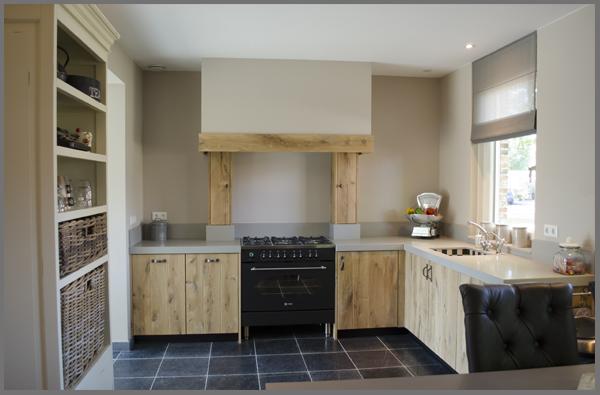 keuken van gebruikt hout